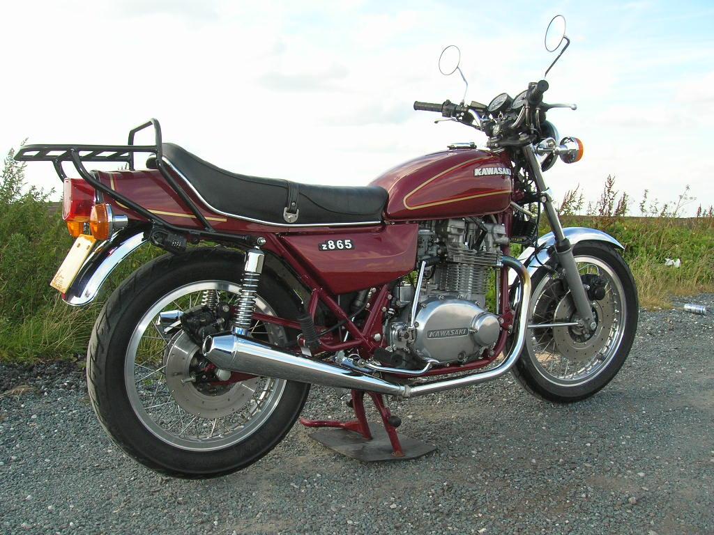 Z750CB